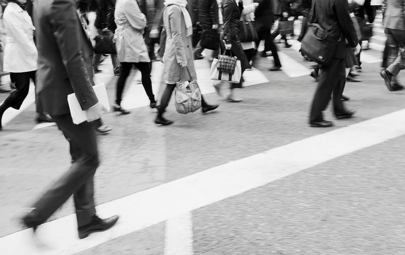 日本に情弱が多いってホント?搾取される大人になってはいけない